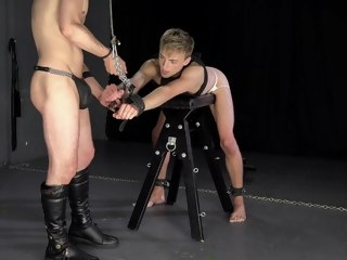 hung Hung Master Turns Twink Bareback Fantasy into Nightmare - DreamBoyBondage master